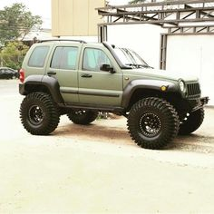 "945 Me gusta, 3 comentarios - MUDTERRAIN4WD ® (@mudterrain4wd) en Instagram: ""#Liberty #Jeep #mudterrain4wd"""