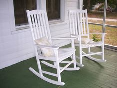 In the South, rocking chairs and porch swings are stress relievers!