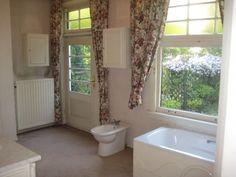 HBhousing Country photos Clawfoot Bathtub, Alcove, Amsterdam, Country, Bathroom, Elegant, Photos, Washroom, Classy