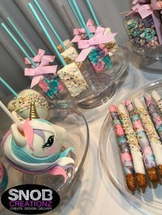 Unicorn legends and Unicorn design ideas for Parties « Dreamsscape Unicorn Themed Birthday Party, 10th Birthday Parties, Birthday Party Decorations, 5th Birthday, Birthday Ideas, Unicorn Baby Shower, First Birthdays, Magical Unicorn, Unicorns