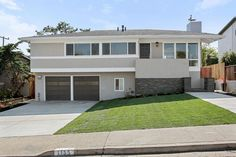 (MLSListings) For Sale: 4 bed, 3.5 bath, 2227 sq. ft. house located at 1135 Fernwood Dr, MILLBRAE, CA 94030 on sale for $1,499,000. MLS# ML81501266. NEWLY renovated 4BD/3.5BA beauty! This 2 story home ft. 2 Mast...