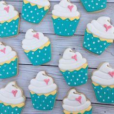 Sweet birthday cupcake cookies! #decoratedcookies #cookies #customcookies #sugarcookies #cupcakes #cupcakecookies #beverlyma via ✨ @padgram ✨(http://dl.padgram.com)