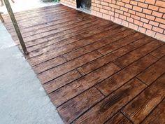 incrivel passo a passo de efeito madeira com argamassa em calçada e deck de piscina e piso - YouTube
