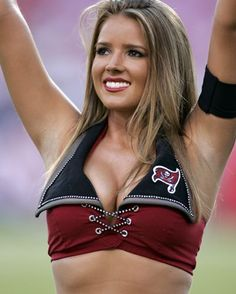 OH MY  -- Tampa Bay Cheerleader ..... a spirit machine