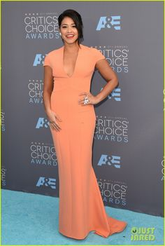 Gina Rodriguez & Jaime Camil Rep 'Jane the Virgin' at Critics' Choice Awards 2016: Photo #3554472. Gina Rodriguez is pretty in peach while arriving at the 2016 Critics' Choice Awards held at the Barker Hangar on Sunday (January 17) in Santa Monica, Calif.   …