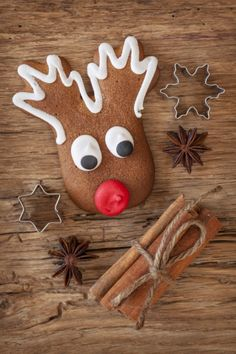Iced gingerbread Rudolph biscuits - Little Dish