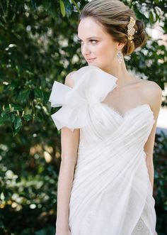 Ines di Santo wedding dress | photos by Annabella Charles Photography | 100 Layer Cake