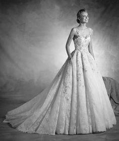 NORTE - Vestido de novia de escote corazón, tirantes, en tul y encaje | Pronovias