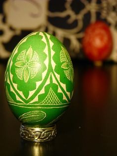 Easter Egg - Lithuanian Chicken Egg Scratched REAL Geometric Green Pysanky
