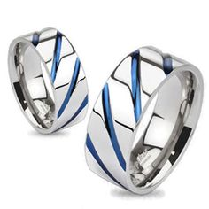 Fabulous ring in mirror finish titanium with slash grooves in the perfect shade of royal blue. Simply stunning! For men and women. Perfect for couples.  Wholesale Titanium Rings & Wedding Bands. www.925express.com