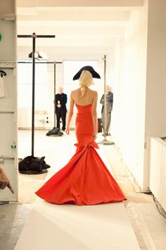This is why I LOVE oscar de la renta. One day I will wear one of his dresses