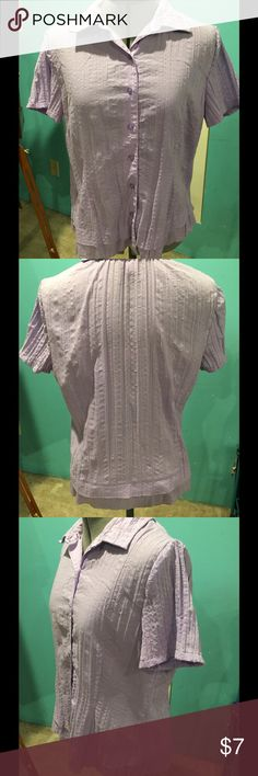 Lavender short sleeve shirt size M Cute button up lavender short sleeve shirt. From dress barn , size M. Looks very nice on, every day wear, comfortable, Washes well. Dress Barn Tops Button Down Shirts