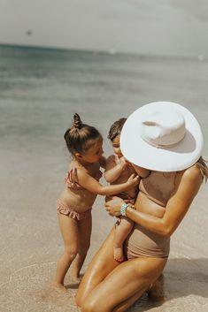 Cute Family, Family Goals, Beautiful Family, Family Life, Fall Family, Beach Mom, Beach Babies, Fulton Sheen, Beach Family Photos