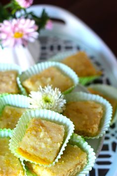 Brownie de Limão - http://gostinhos.com/brownie-de-limao/