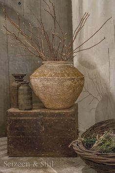 Grote antieke olijfkruik landelijke stijl wonen interieur tuin en - Stijl land keuken chique ...