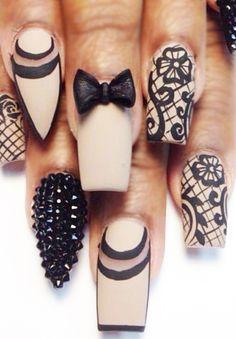 Resultado de imagen para rhinestone nails