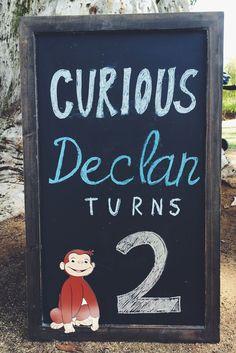 Curious George Party #curiousgeorge #curiousgeorgeparty #curiousgeorgechalkboard #curiousgeorgetoddlerparty
