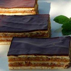 Zserbo Recipe, Cake Recipes, Dessert Recipes, Desserts, Delicious Deserts, Hungarian Recipes, Christmas Sweets, Sweet And Salty, Sweet Life