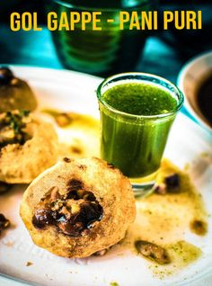 These are crispy and crunchy hollow puris which are stuffed with various masalas and tamarind chutney. Puri Recipes, Paratha Recipes, Spicy Recipes, Snacks Recipes, Water Recipes, Pani Puri Recipe, Chaat Recipe, Indian Dessert Recipes, Indian Snacks