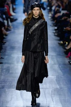 #Dior #fashion #Koshchenets Christian Dior Fall 2017 Ready-to-Wear Collection Photos - Vogue