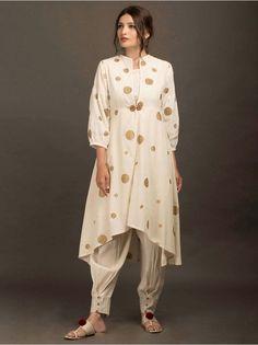 4 Factors to Consider when Shopping for African Fashion – Designer Fashion Tips Pakistani Dresses, Indian Dresses, Indian Outfits, Stylish Dresses, Casual Dresses, Fashion Dresses, Ladies Dresses, Khadi Kurta, Churidar