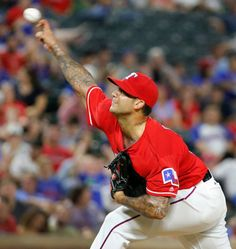 Matt Bush throws a pitch during the Rangers vs Angels game on Monday, September 19, 2016. (Louis DeLuca/The Dallas Morning News)