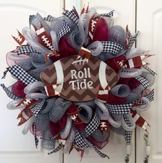Order this wreath today by clicking on the following link, http://countrychicscreations.com/football_deco_mesh_wreaths.