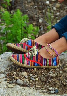 Colorful Stripes Trendy Sneakers