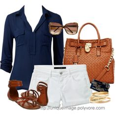 Summer Outfit - Very everyday, love the navy + white. Like that it't v-neck and pockets add interest