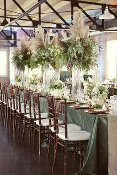 Wedding Flower Trend We Love: Pampas Grass