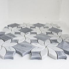 White Thassos and Carrara White Marble Waterjet Mosaic Tile in Princess Weave – Marble Bathroom Dreams Mosaic Bathroom, Bathroom Floor Tiles, Mosaic Wall, Mosaic Tiles, Small Bathroom, Marble Mosaic, Master Bathroom, Bathroom Ideas, Stone Mosaic
