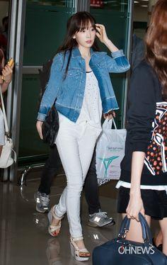 Designer Clothes, Shoes & Bags for Women Snsd Airport Fashion, Taeyeon Fashion, Kpop Fashion, Asian Fashion, Girl Fashion, Womens Fashion, Fashion Trends, Fashion 2014, Fashion Inspiration