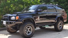 I love the rims on this 4Runner.