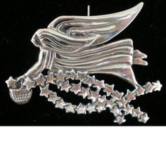 Angel-with-Stars-Sterling-Christmas-Ornament-Pendant-2002-Hand-Hammer-3213