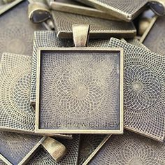 "Annie Howes Brand 1"" (25mm) Square Pendant Settings in Vintage Bronze (Gold)- 25 Pcs Annie Howes http://www.amazon.com/dp/B00Y5KJZ1Q/ref=cm_sw_r_pi_dp_T4Ezvb1SEP87Y"