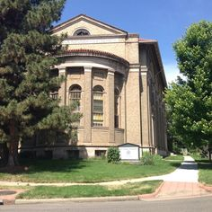 Instagram photo by @preservecolorado. The #DenverZenCenter (formerly 1st Church of Christ Scientist) in the #Highlands, preserved with help from #statehistoricalfund. #preserveco #denver #historicalpreservation #historicchurch #church #architecture