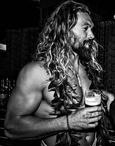 Jason momoa 669417932095577564 - Jason Momoa Source by Pretty People, Beautiful People, Jason Momoa Aquaman, My Sun And Stars, Hommes Sexy, Good Looking Men, Karl Urban, Bearded Men, Taylor Kitsch