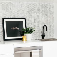 Inspiration for matte black tapware against marble in Kitchen, Butlers' Pantry and Laundry.