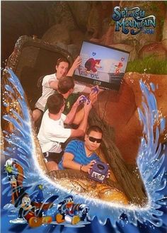 People do some crazy things on the theme park ride splash mountain. Some of the pictures that are taken on the ride are very funny. Splash Mountain, Funny Disney Pictures, Funny Photos, Disneyland, Roller Coaster Pictures, Roller Coasters, Rollercoaster Funny, Humour Disney, Mountain Pictures