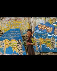 So beautiful #Lithang, Kham, TIBET (2007) #TibetanGirls #TibetanKids ༜~࿂~༜~࿂~༜~࿂~༜~࿂~༜~࿂~༜~࿂ #TibetanPortraits #Phayul #Tibet #Tibetan #Kham #UTsang #Amdo #Lhasa #Litang ༜~࿂~༜~࿂~༜~࿂~༜~࿂~༜~࿂~༜~࿂ Photo by @maki1011 ©Maki Nakamura ༜~࿂~༜~࿂~༜~࿂~༜~࿂~༜~࿂~༜~࿂ ☀️ #DalaiLama #Himalaya  #IGTibet_Family #Qinghai #Sichuan #Xizang #Gansu  #IG_Kids #ThePhotoSociety #Earth_Portraits #Portrait_Shots #CuteKidsClub #CuteKids #DiscoverPortrait #LonelyPlanet #NatGeo #Native #Nomad