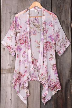 SIZE(IN) US SHOULDER SLEEVE LENGTH S 4/6 13.4 14.2 38.6 M 8/10 13.8 14.6 39 L 12/14 14.2 15 39.4 XL 16/18 14.6 15.4 39.8