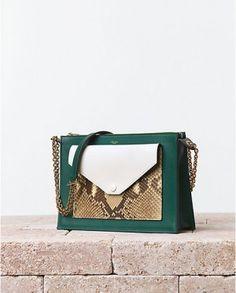 Celine Pocket Handbag with Python - Summer 2014 Fashion Handbags, Purses And Handbags, Fashion Bags, Summer Handbags, Fashion Trends, Bags 2014, Green Purse, Celine Bag, Leather Keychain