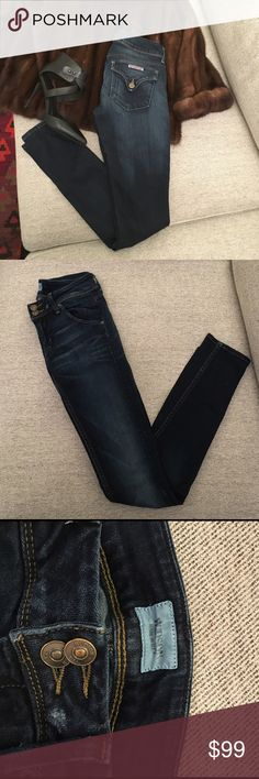 HUDSON COLIN SKINNY JEANS 👖 SOFT AND STRETCHY! Hudson mid rise skinny jeans. Gently worn Hudson Jeans Jeans
