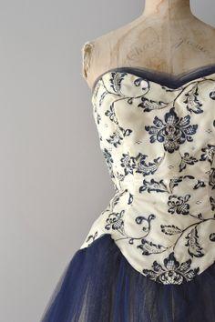 5c3265c5b281 vintage 1950s dress   50s tulle dress   Middle Kingdom dress