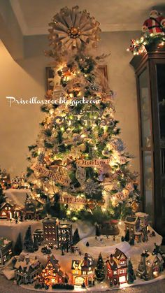 Love this Christmas tree & village from @Priscilla Blain #fabulouslyfestive