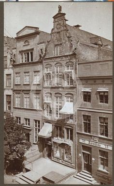 Langgasse 74 in Danzig Danzig, Louvre, Germany, Mansions, Architecture, House Styles, Building, Travel, Places