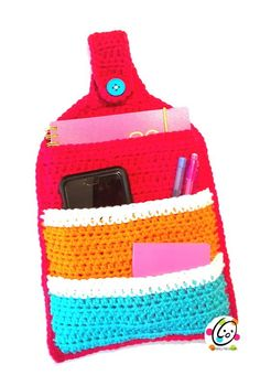 Keep it Handy Organizer | Organizers are always a good thing to have on hand, so crochet one for every room and car!