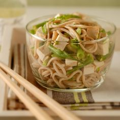 This Asian noodle salad makes a perfect lunch.