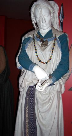 Anglo Saxon costume | Anglo Saxon Clothing: E2BN Gallery