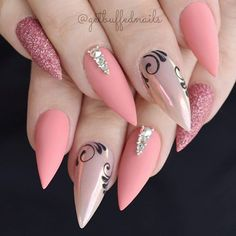 Acrylic nails are commonly used these days by all the nail art lovers. However, not everyone knows how to remove acrylic nails at home, but we do! Shellac Nail Designs, Shellac Nails, Nails Inc, Acrylic Nail Designs, Matte Nails, Stiletto Nails, Glitter Nails, Fun Nails, Nail Art Designs